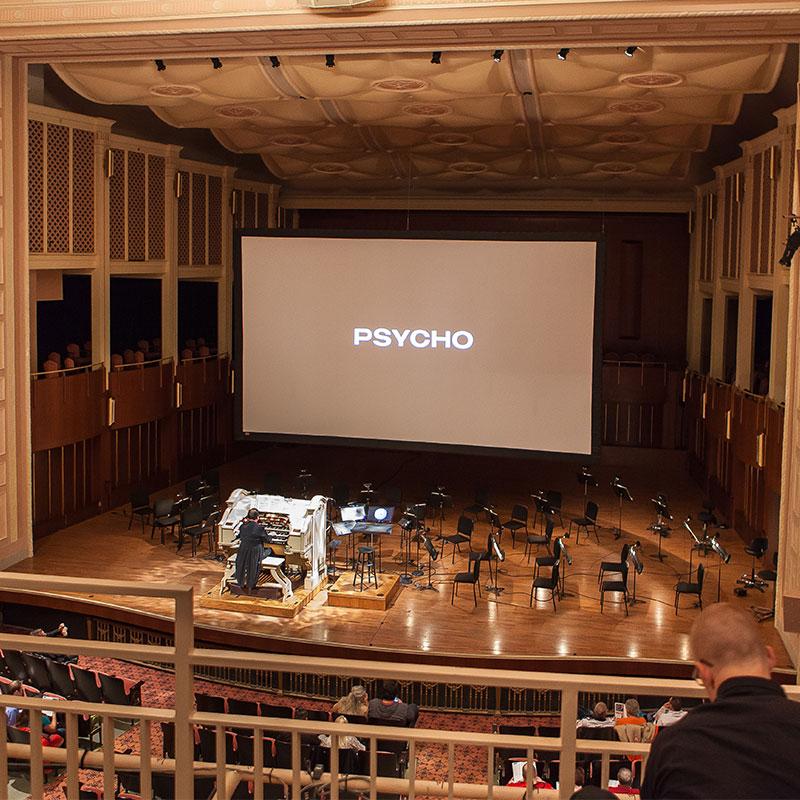 StageScreen Portable Folding Screens & Drapes :: Draper, Inc.