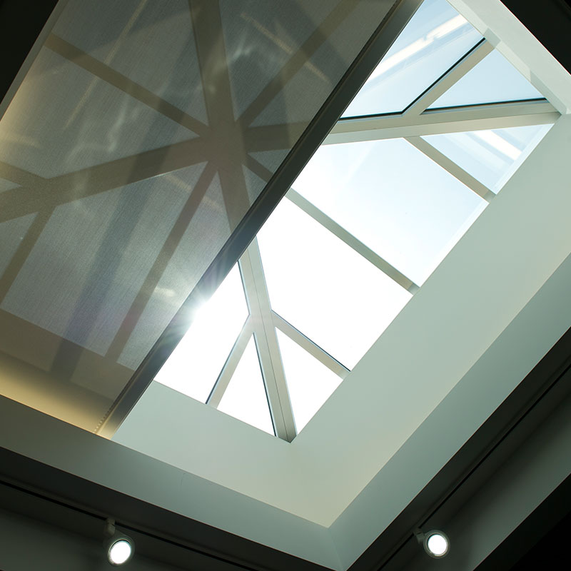 Skylight 2 flexshade draper inc for Large skylights